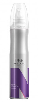 Hair styling: Wella Wet Stage Natural Volume 300 ml