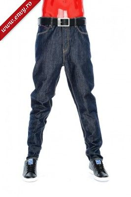 MENS TAPERED CARROT
